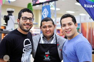 Wilford Lamastus Jr. - Bajareque Coffee House, Jose Luis Herrera Madrid - Barista Champ Honduras